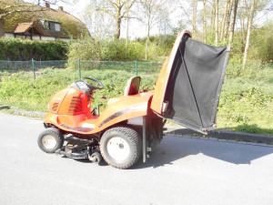 Yanmar RD122 diesel zitmaaier met grasopvang